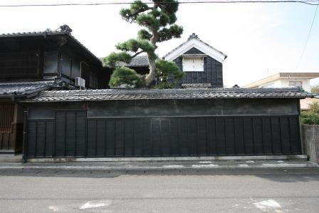 旧堀田廣之家住宅板塀