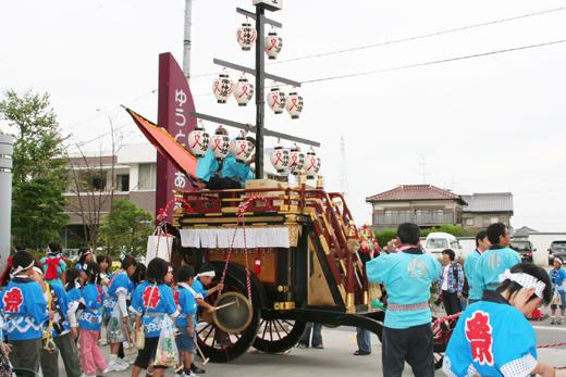 津島秋祭唐臼町石採祭車
